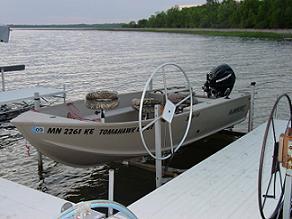 resort boat