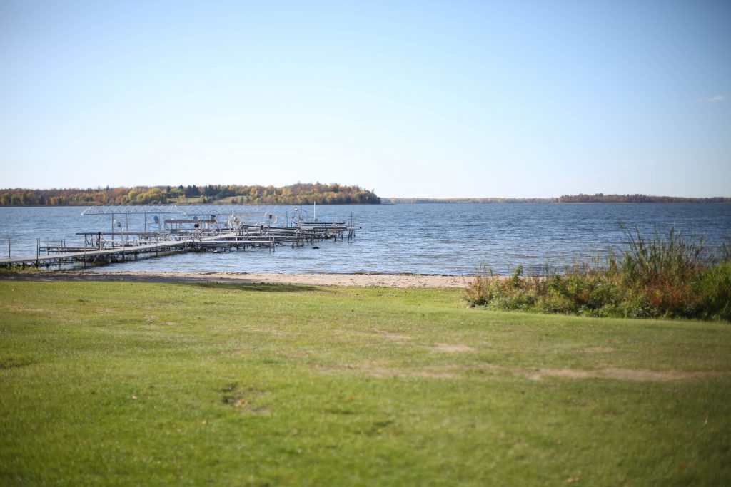 tomahawk resort blackduck lake docks